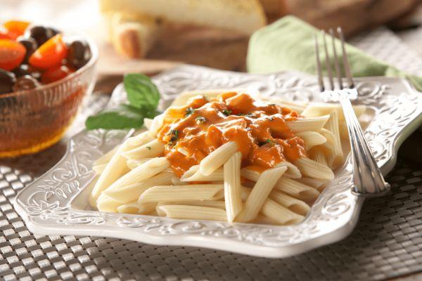 Tuscan Pasta with Tomato Basil Cream Sauce